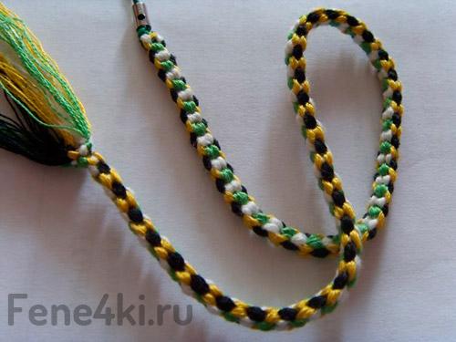 Плетение квадратного кумихимо.