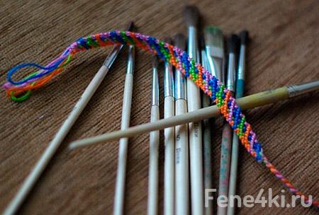 Схема фенечки Верёвочка. Фенечки из мулине. Схемы фенечек. Как плести фенечки